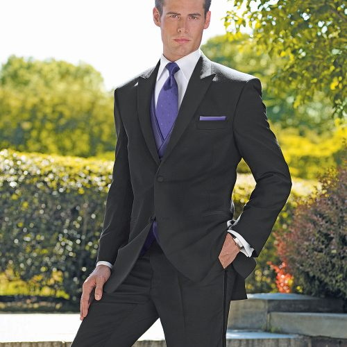 Bjorn's kenosha men's formal wear, men's formal attire kenosha, men's suit rental kenosha