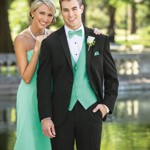 suit fitting kenosha, men's formal wear kenosha, suit discounts kenosha
